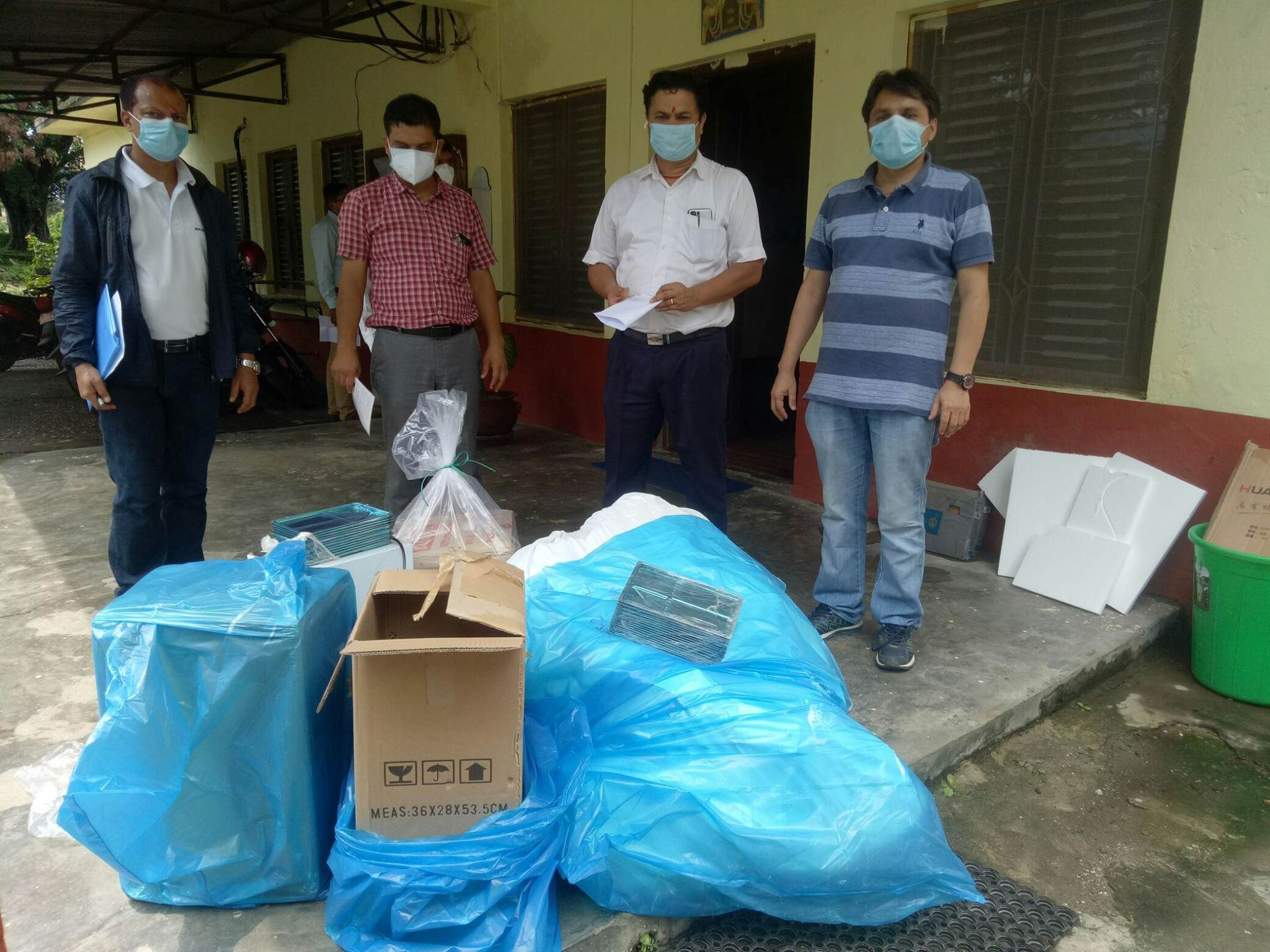 DF-Nepal-team-handing-over-COVID-Response-support-items-to-Bharatpur-Hospital